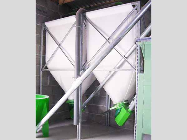 Soft silos galvanized or painted steel. From 2 to 30M3. 3 types of canvases available
