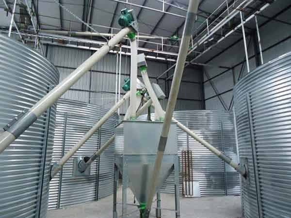 250-liters square cereal hoppers at 12000L. TOY Group