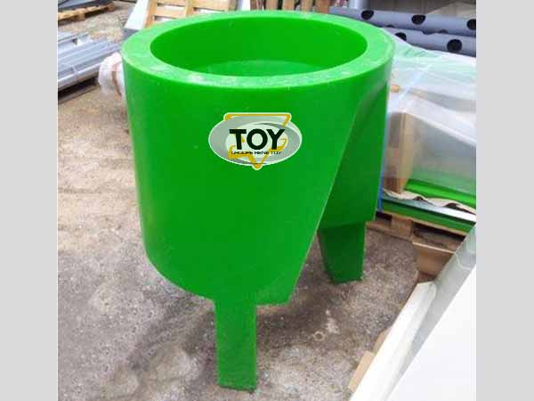 tremie-rotomoulee-TOY-1