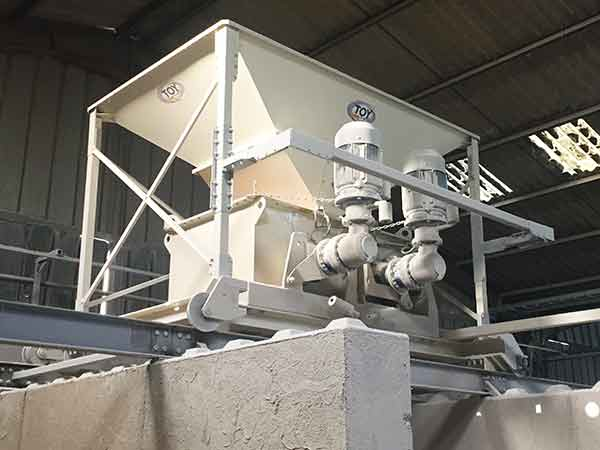 High-pressure industrial rolling mills TOY GROUP : rolling mill on rails