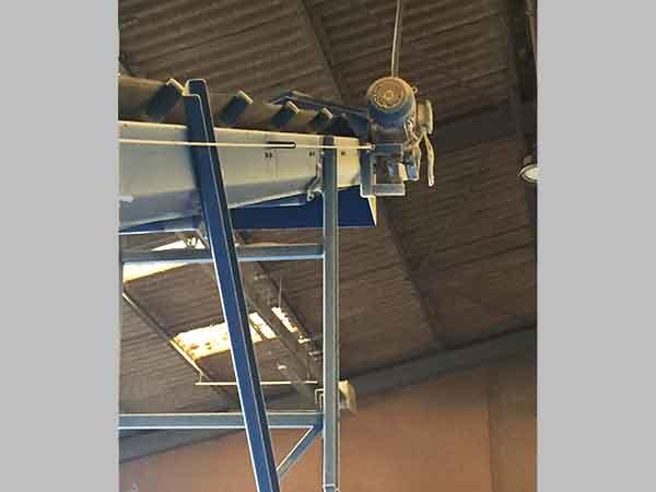 TOY Food Factory mash conveyor belt